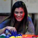 Holi tips, Holi fashion tips, holi guide